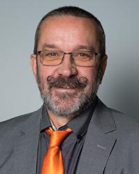 Günter Molzar : Werkstättenleiter, Bildungsberater, Klassenvorstand 56aCGK, Sokrates-Team
